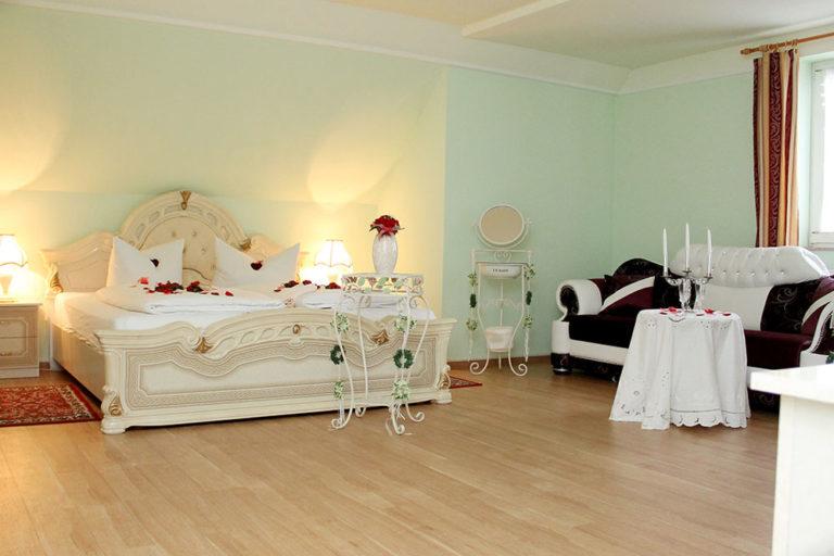 Hochzeitszimmer2